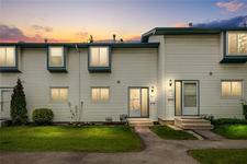 Glamorgan Townhouse for sale:  3 bedroom 1,058 sq.ft. (Listed 2019-08-02)