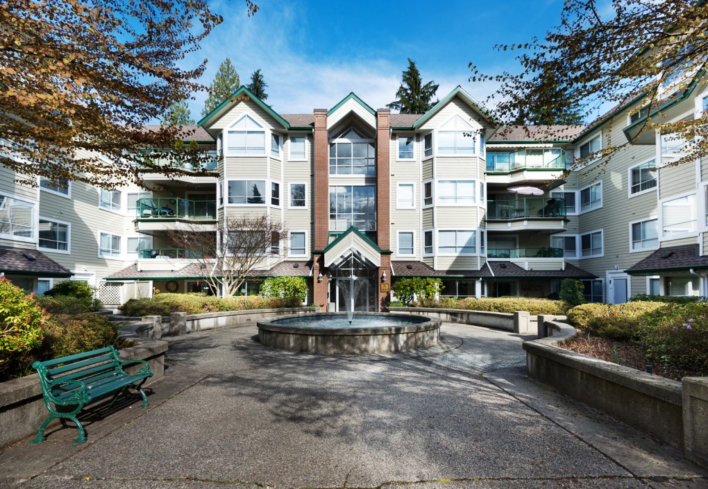 Northlands Parkgate Manor Condo for sale:  2 bedroom 1,388 sq.ft.