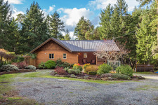 Mill Road AdTPrivate Rancher With Guest Cottage on 11.14 acres for sale:  3 bedroom  (Listed 2018-12-10)