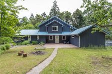 Thetis Island VIEW 12.85 acres  for sale:  4bdr house & 1bdr Cottage 3,130 sq.ft. (Listed 2020-06-13)