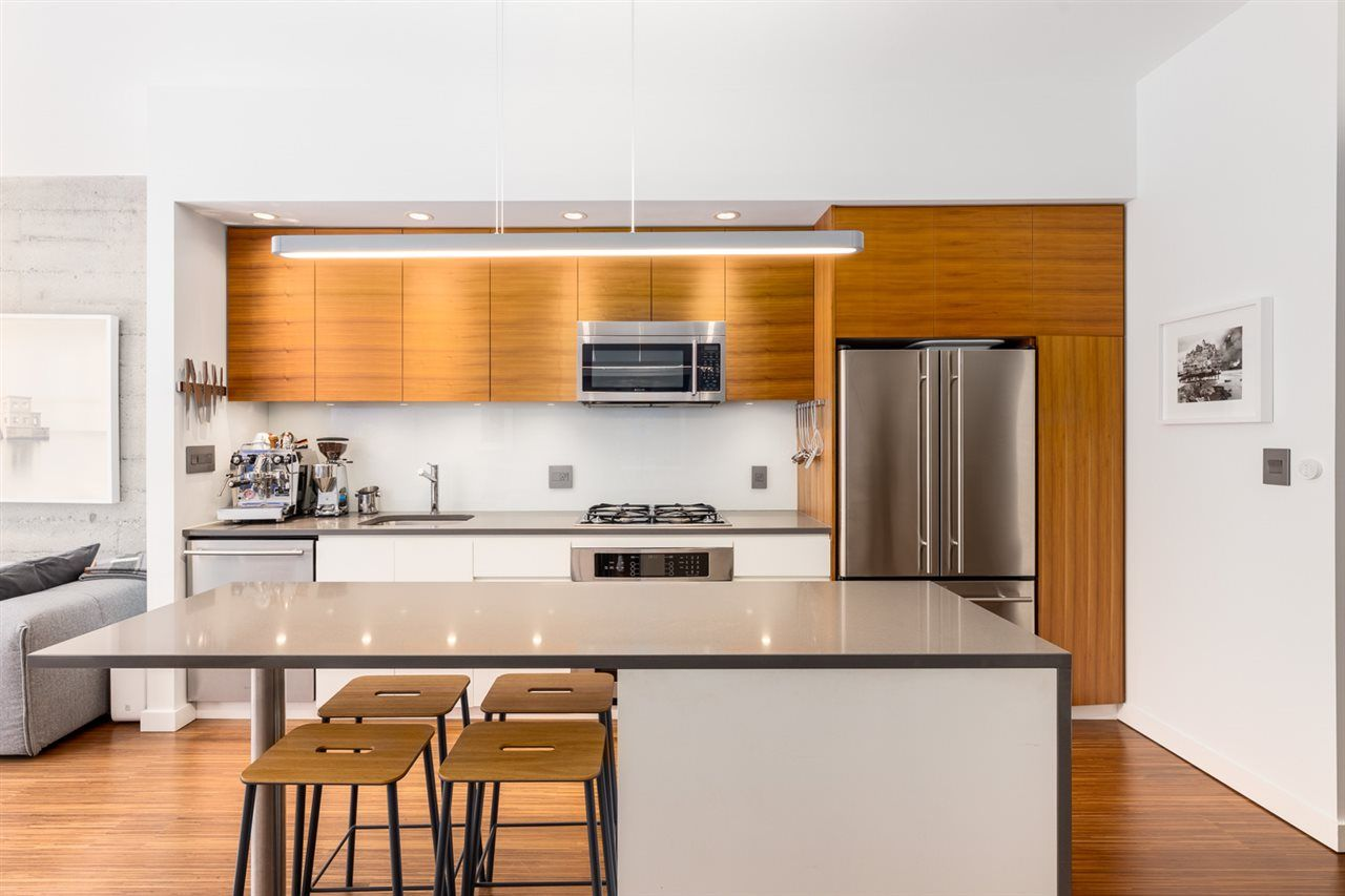 YALETOWN Condo for sale: The Ellison 1 bedroom 940 sq.ft. (Listed 2020-12-05)