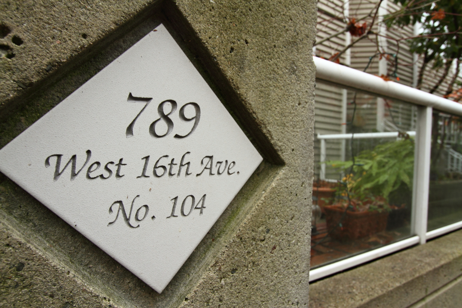 Fairview Condo for sale: Sixteen Willows 1 bedroom 851 sq.ft. (Listed 2010-11-19)