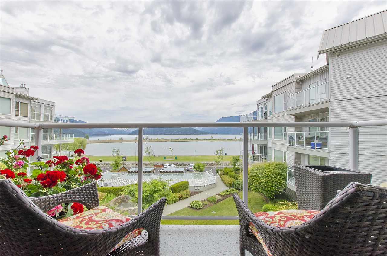 Harrison Hot Springs House for sale:  2 bedroom  (Listed 2016-07-10)