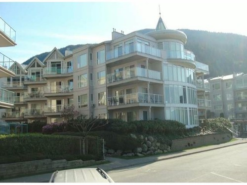 Harrison Hot Springs Condo for sale:  3 bedroom 1,464 sq.ft. (Listed 2015-03-11)