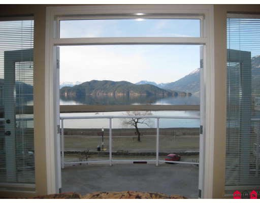Harrison Hot Springs Condo for sale: Echo Beach 3 bedroom 2,047 sq.ft. (Listed 2018-02-22)