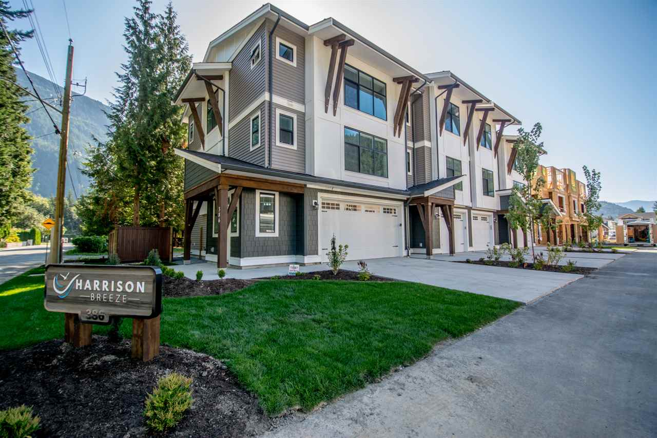 Harrison Hot Springs Townhouse for sale:  3 bedroom 1,675 sq.ft. (Listed 2019-10-09)