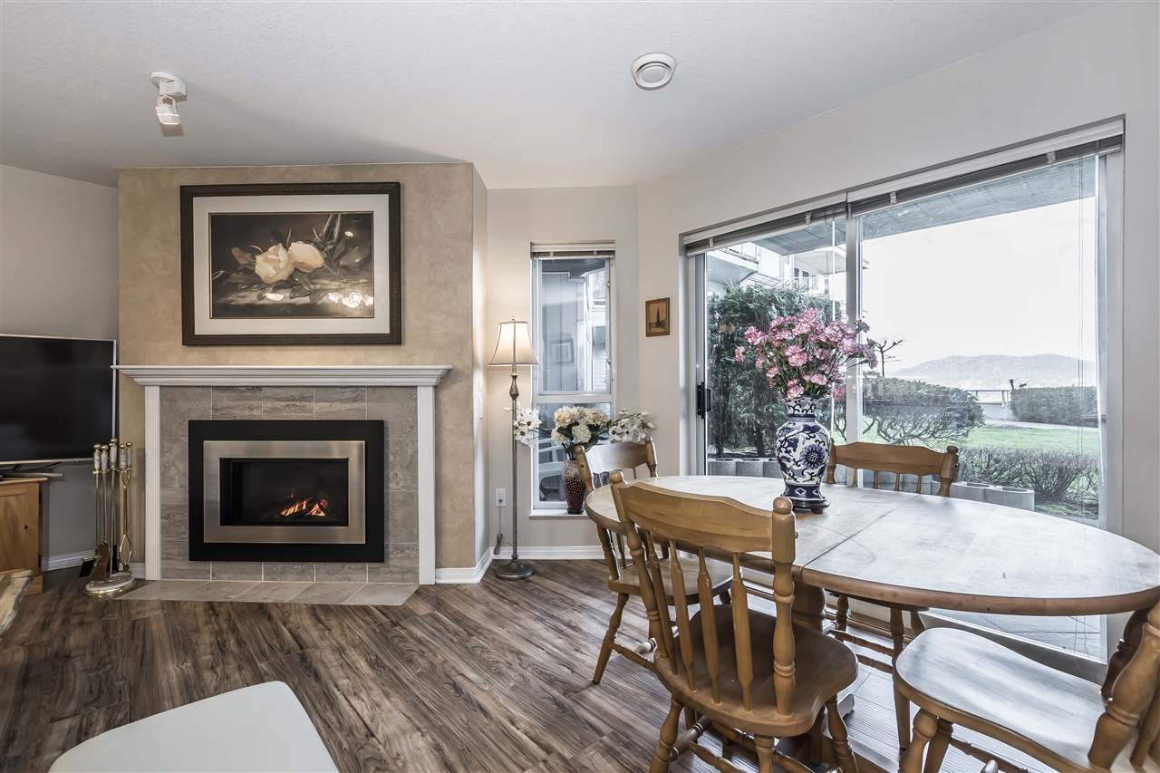 Harrison Hot Springs Condo for sale:  2 bedroom 1,033 sq.ft. (Listed 2020-02-29)
