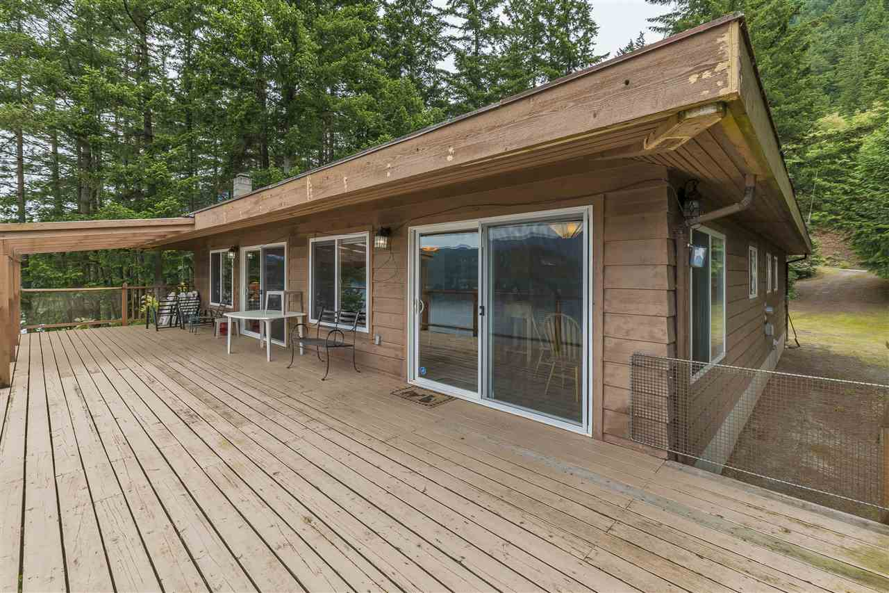 Harrison Hot Springs House for sale:  3 bedroom 1,517 sq.ft. (Listed 2020-03-27)