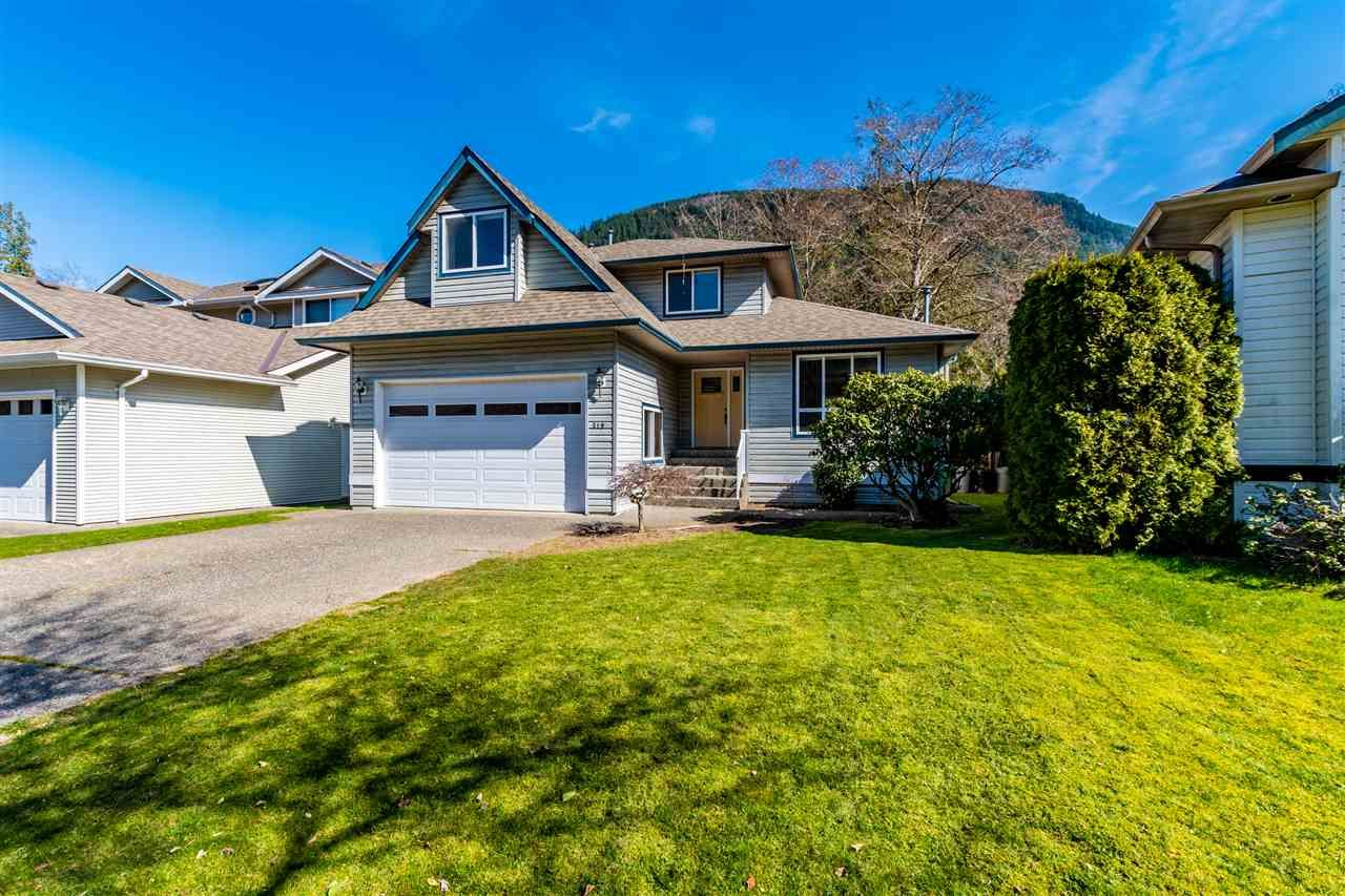 Harrison Hot Springs House for sale:  4 bedroom 2,062 sq.ft. (Listed 2020-05-19)