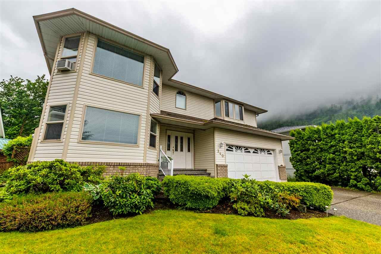 Harrison Hot Springs House/Single Family for sale:  4 bedroom 2,606 sq.ft. (Listed 2020-06-16)