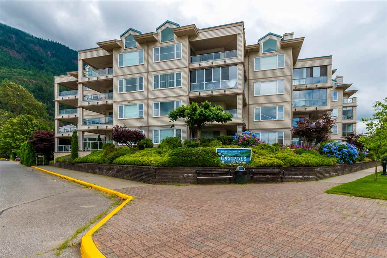 Harrison Hot Springs Apartment/Condo for sale: Cascades 2 bedroom 1,356 sq.ft. (Listed 2020-07-24)