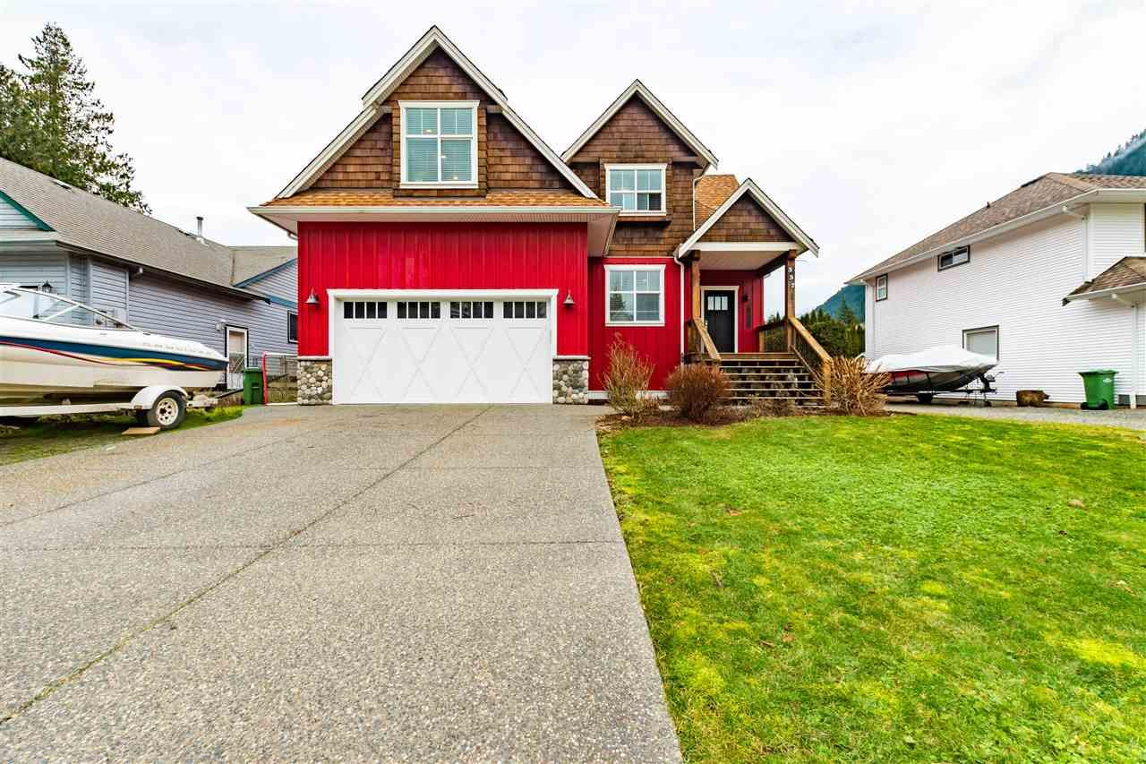 Harrison Hot Springs House/Single Family for sale:  4 bedroom 2,598 sq.ft. (Listed 2021-01-22)
