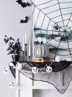 2 - Halloween.jpg