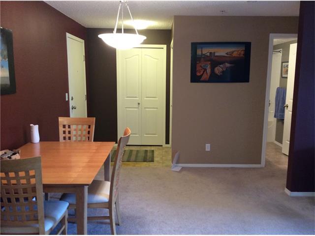 McKenzie Towne Condo for sale:  2 bedroom  Tile Backsplash, Laminate Floors, Plush Carpet 848 sq.ft. (Listed 2015-08-04)