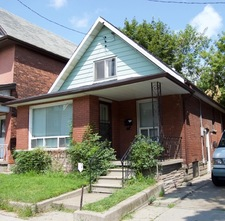 Hamilton Detached home for sale:  3 bedroom  (Listed 2017-08-16)