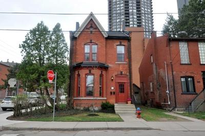 Hamilton Detached for sale:  3 bedroom  (Listed 2018-05-04)