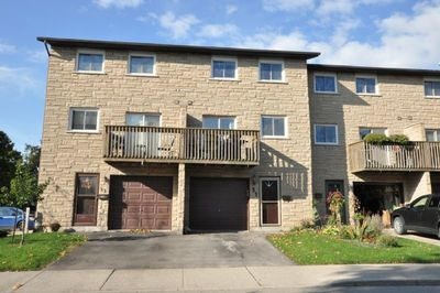 Stoney Creek Townhouse for sale:  3 bedroom  (Listed 2018-10-23)