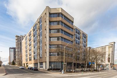 Hamilton Condominium for sale:  1 bedroom  (Listed 2020-01-31)