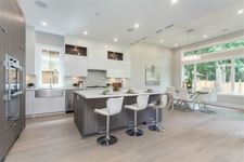 Lynn Valley House for sale:  6 bedroom 4,152 sq.ft. (Listed 2019-01-26)