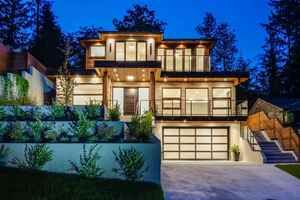 Lynn Valley House for sale:  7 bedroom 5,306 sq.ft. (Listed 2019-08-20)