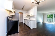 Lower Lonsdale Apartment/Condo for sale:  1 bedroom 683 sq.ft. (Listed 2020-10-19)