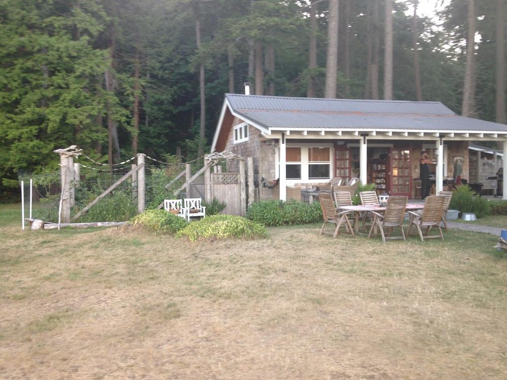Cabins sunshine coast bc home decorations idea for Pemberton cabins