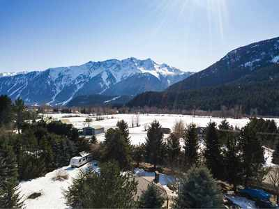 Pemberton Meadows House for sale:  3 bedroom 1,235 sq.ft. (Listed 2018-03-28)