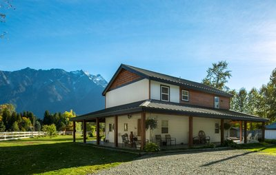 Pemberton House for sale:  4 bedroom 1,950 sq.ft. (Listed 2018-09-18)