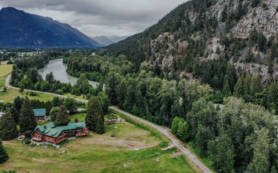 BIG COUNTRY LIVING AT PEMBERTON�S ICONIC LILLOOET RIVER LODGE Lodge on Acreage for sale:  8 bedroom 6,420 sq.ft. (Listed 2019-06-19)