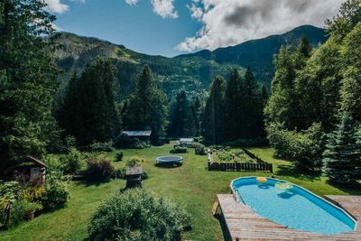 Pemberton House with Acreage for sale:  4 bedroom 2,046 sq.ft. (Listed 2020-07-14)