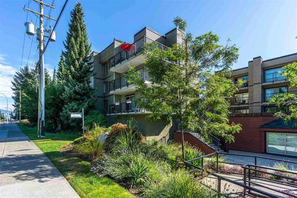Surrey Apartment for sale: Guildford Green 2 bedroom 870 sq.ft. (Listed 2019-07-29)