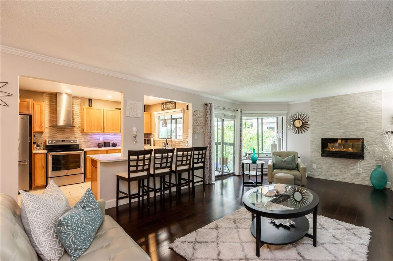 White Rock Apartment/Condo for sale:  2 bedroom 1,417 sq.ft. (Listed 2020-08-19)