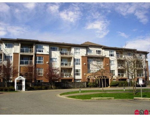 Fleetwood Tynehead Condo for sale:  2 bedroom 1,055 sq.ft. (Listed 2009-08-20)
