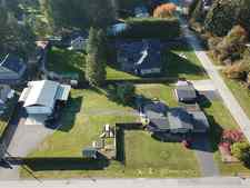 Salmon River House for sale: 5 bedroom 2,784 sq.ft.