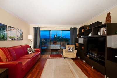 Kitsilano Condo for sale:  1 bedroom 700 sq.ft. (Listed 2019-07-10)