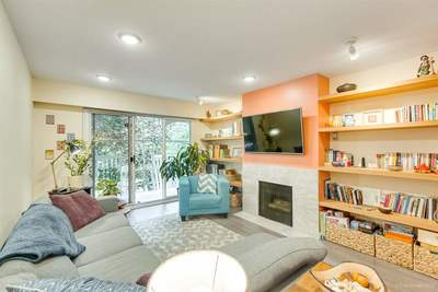 West End VW Condo for sale:  2 bedroom 1,097 sq.ft. (Listed 2019-07-15)
