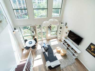Downtown VE Condo for sale:  1 bedroom 586 sq.ft. (Listed 2019-08-13)