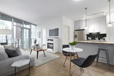 Coal Harbour Condo for sale:  1 bedroom 731 sq.ft. (Listed 2019-10-18)