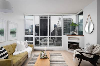 Coal Harbour Condo for sale:  1 bedroom 710 sq.ft. (Listed 2019-11-29)