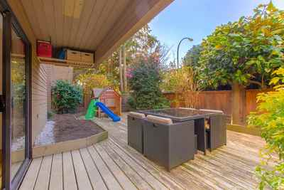 Kitsilano Condo for sale:  2 bedroom 838 sq.ft. (Listed 2020-03-20)