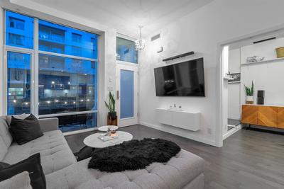 False Creek Townhouse for sale:  2 bedroom 1,095 sq.ft. (Listed 2020-03-20)