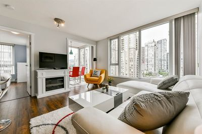 Yaletown Apartment/Condo for sale:  1 bedroom 568 sq.ft. (Listed 2020-07-08)