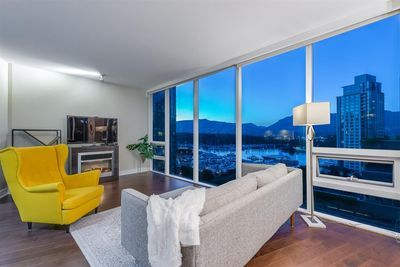 Coal Harbour Apartment/Condo for sale:  2 bedroom 1,281 sq.ft. (Listed 2020-08-12)