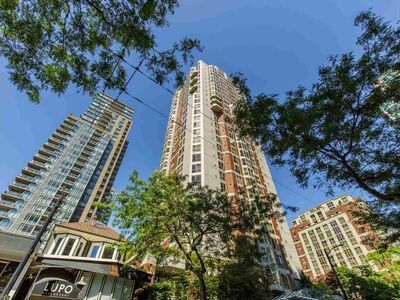 Downtown VW Apartment/Condo for sale:  3 bedroom 1,821 sq.ft. (Listed 2020-10-22)