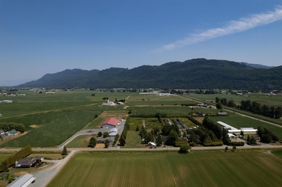 Sumas Prairie House with Acreage for sale:  4 bedroom  (Listed 2021-07-22)