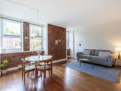Downtown VW Apartment/Condo for sale:  1 bedroom  (Listed 2021-07-22)
