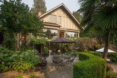 Kerrisdale House for sale:  4 bedroom 4,926 sq.ft. (Listed 2018-04-19)