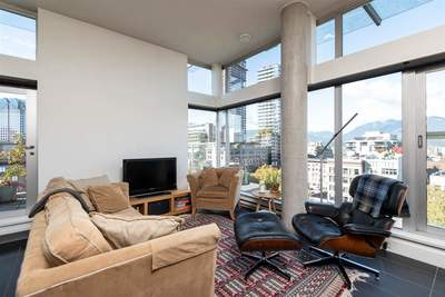 Downtown VW Condo for sale:  2 bedroom 1,140 sq.ft. (Listed 2018-10-16)