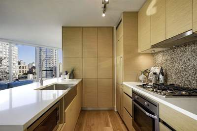 Downtown VW Condo for sale:  2 bedroom 788 sq.ft. (Listed 2018-10-21)