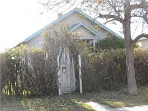 Mount Pleasant House for sale:  2 bedroom 624.31 sq.ft. (Listed 2012-06-15)